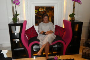 Monika im Sofitel Singapur
