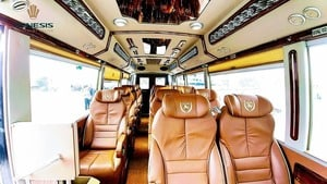 Der luxuriöse Transferbus
